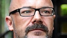 US-based blogger Andrew Sullivan is ditching <em>The Daily Beast</em> to go it alone -- and is asking readers to pay for it. Could the same approach work for big-name commentators here?